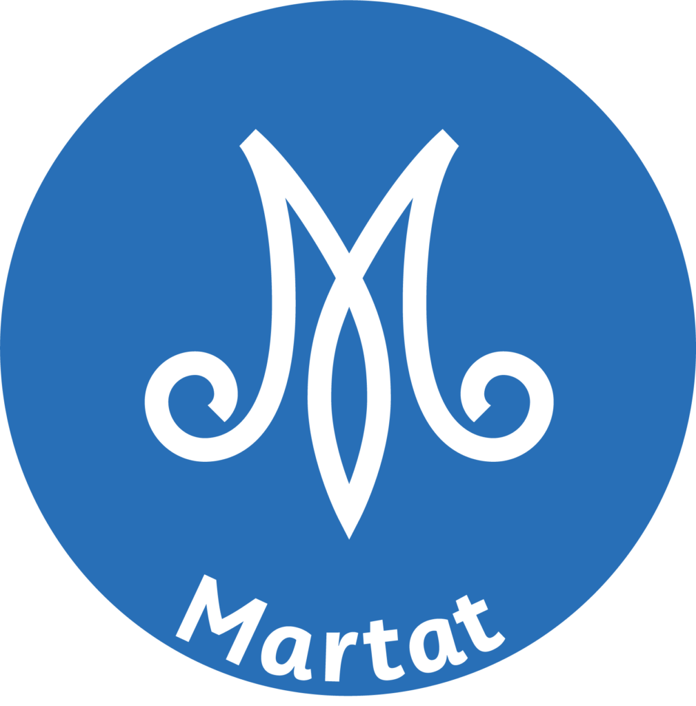 Marttojen logo, stilisoitu M-kirjain sinisellä pohjalla.